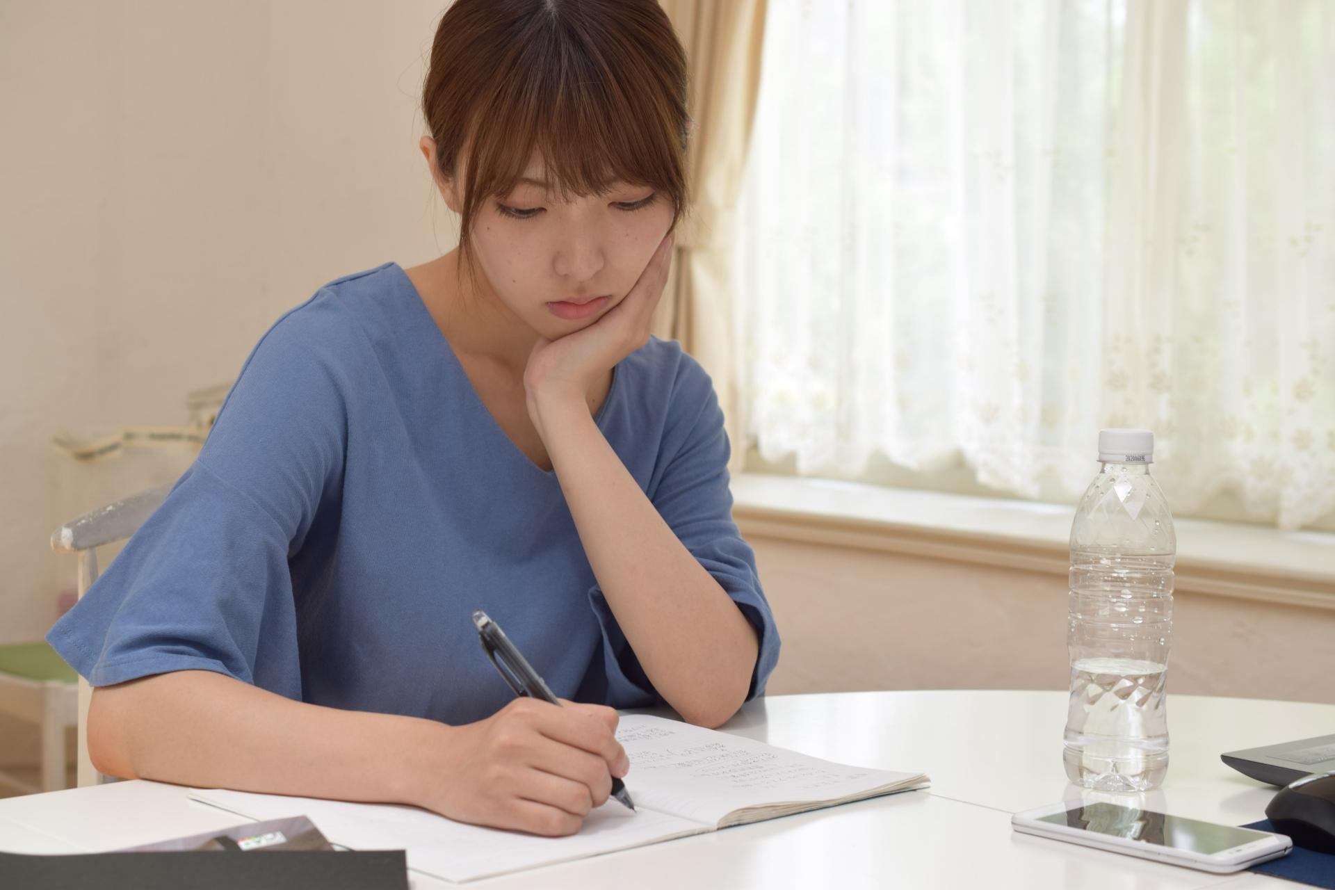 8020306e480e8441edba85f878ccaf79 m 社会保険労務士(社労士)の勉強時間の目安